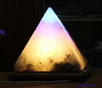 Соляная лампа Пирамида 5-6 кг (Украина)